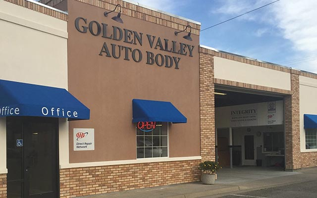 Golden Valley Auto Body shop in Yuba City, CA